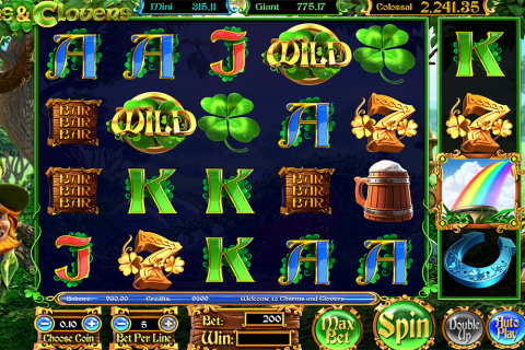 charms clovers betsoft slot